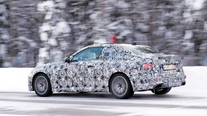 bmw-2-series-coupe-spied-in-sweden (2).jpg