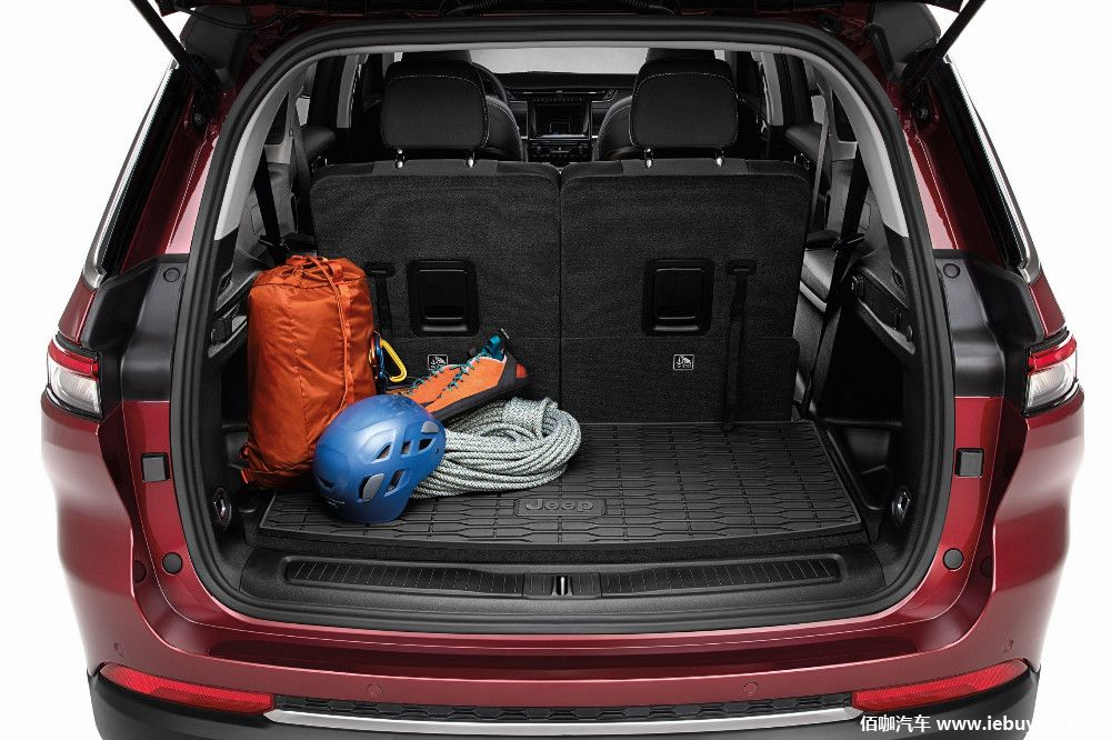 mopar-touches-the-jeep-grand-cherokee-l-official-accessories-now-on-sale_6.jpg